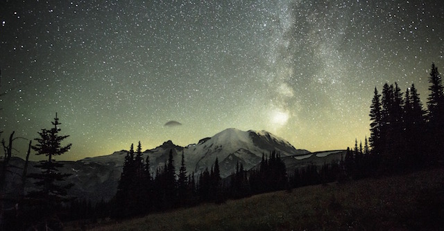 Mt Rainier Photo credit: VisitRainier.com (Photo by Kalum Berg)